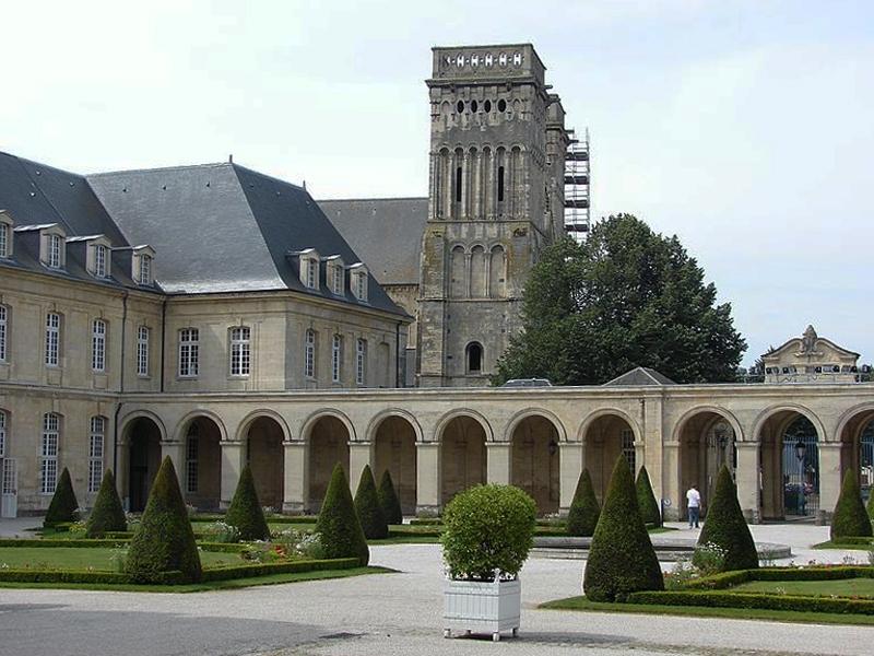 abbatiale-sainte-trinite-normandie
